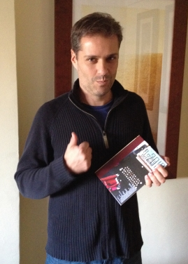 Foto dedicada a todos los autores del libro